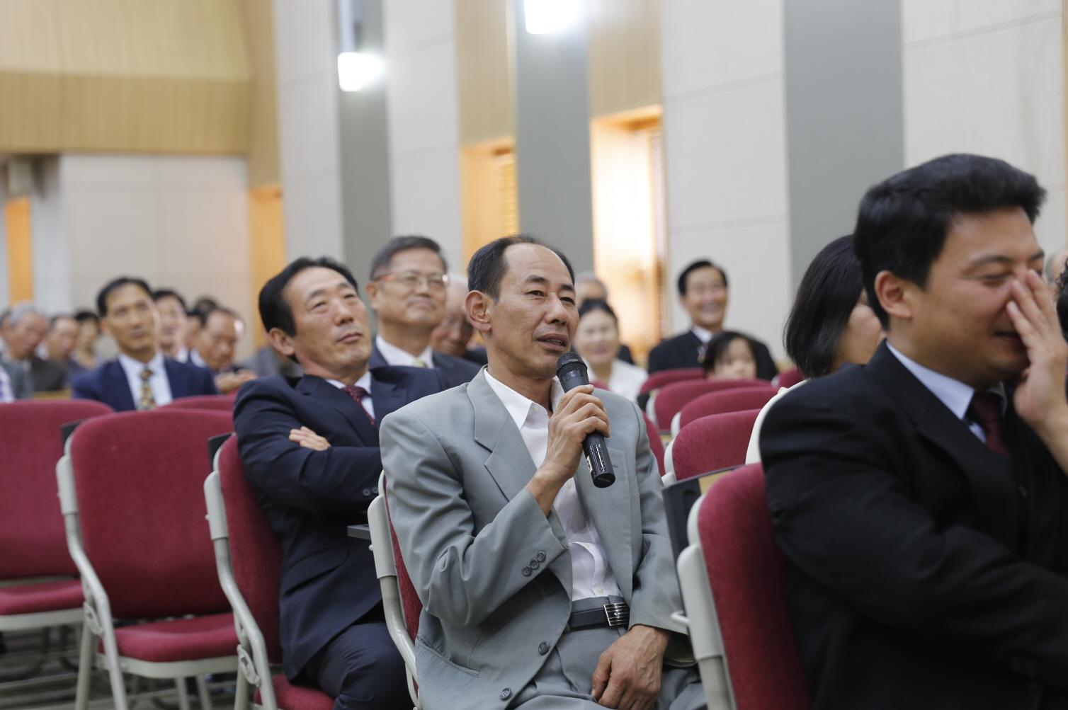 14 김흥환 집사 (2).JPG